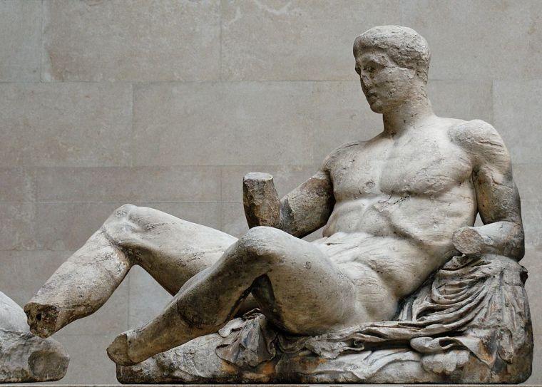 1024px-Dionysos_pediment_Parthenon_BM