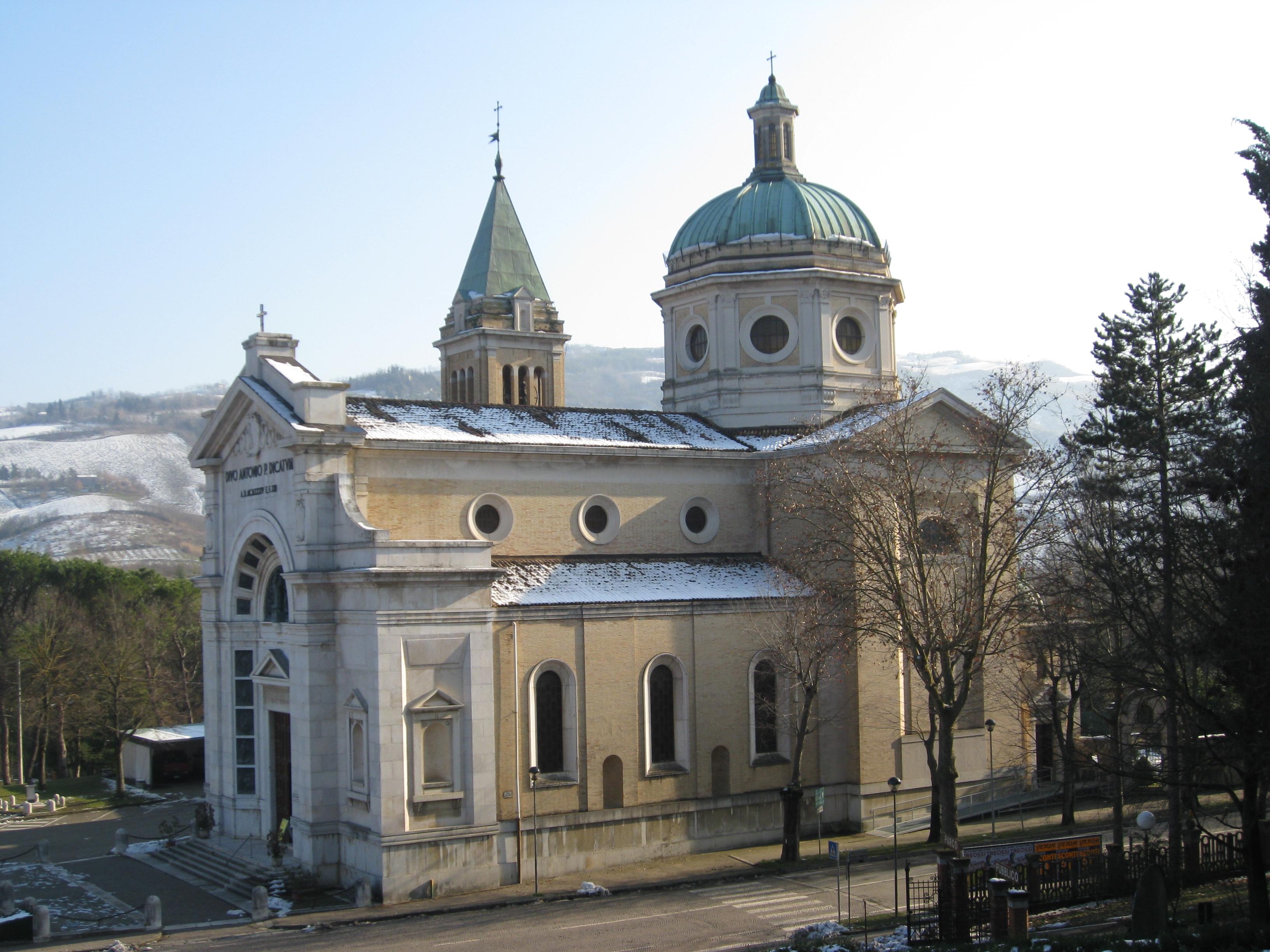 Chiesa_di_Sant_Antonio_a_Predappio